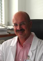 """(Wien, 13-3-2009) Die Medizinische Universität Wien hat Günther Laufer """"heimgeholt"""". Er wurde zum Professor für Herzchirurgie und Leiter der Klinischen ... - laufer_guenther150x213"""